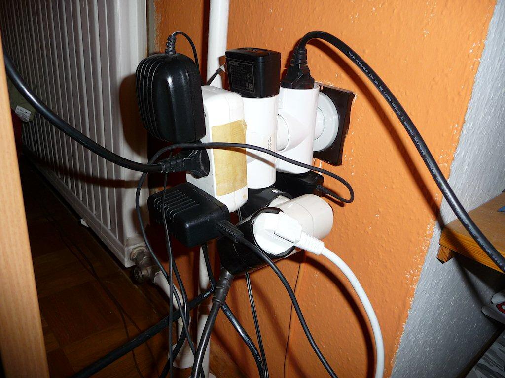 13a Plug    Socket